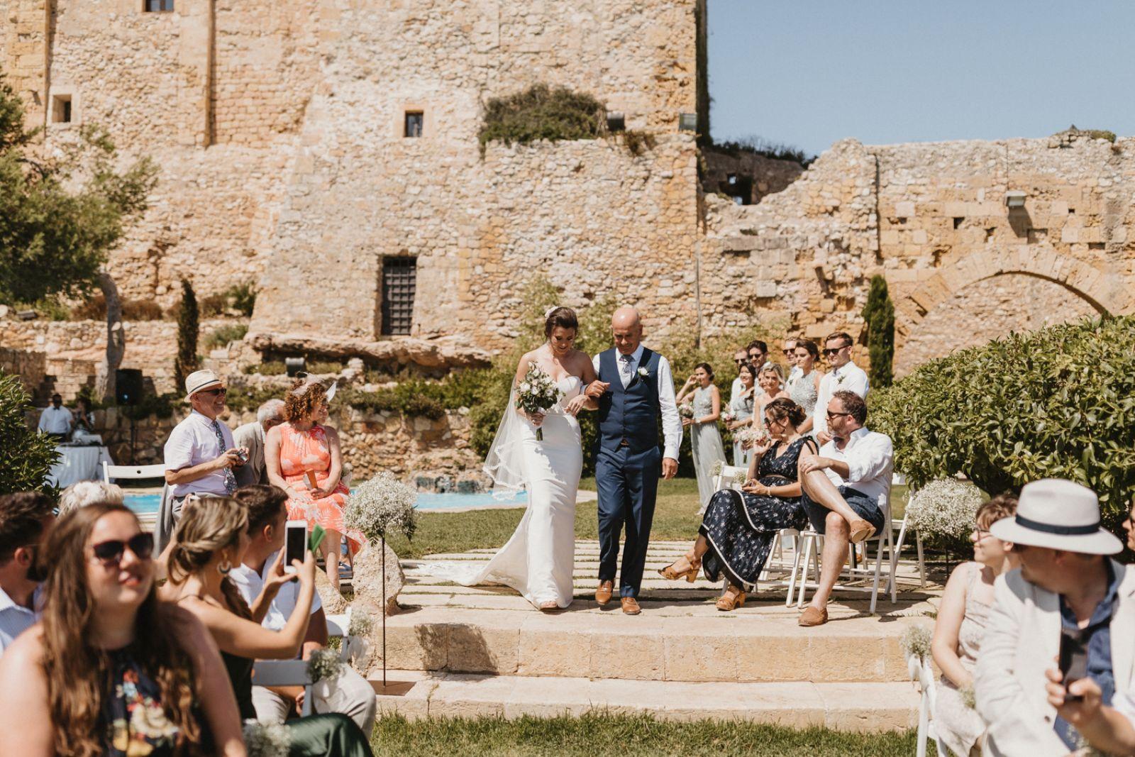 Castell de Tamarit Destination Wedding Just Married Barcerlona Bride Ceremony
