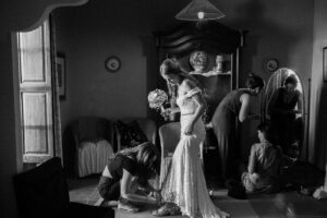 Just Married Barcelona 10 Best Wedding Shots